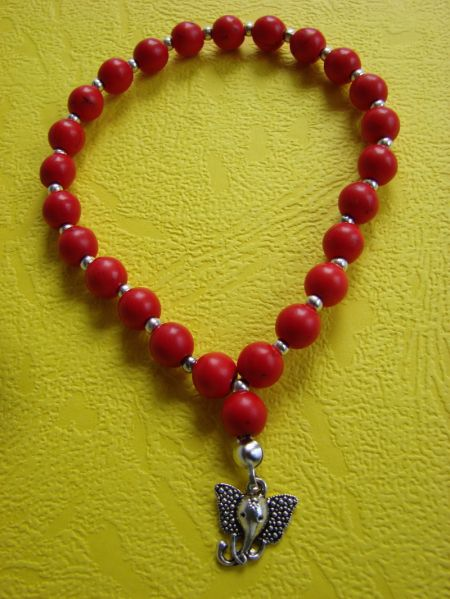 Red Howlite and Elephant Pendant, Bracelet
