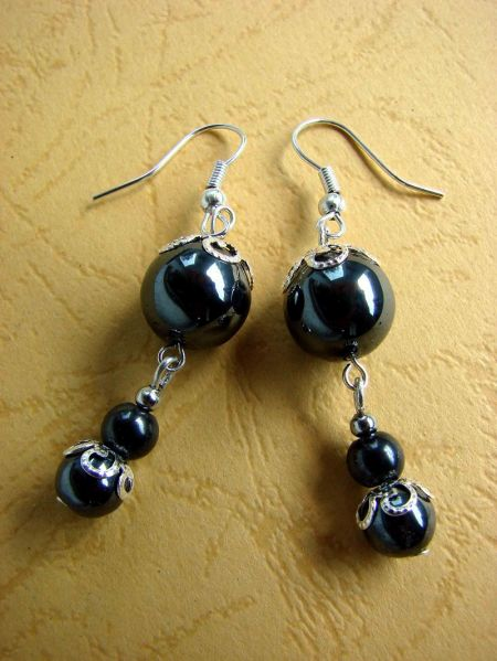 Hematite, Earrings